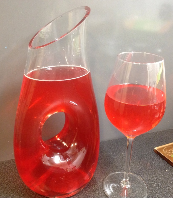 Jug, pitcher, cranberry juice, Prosecco