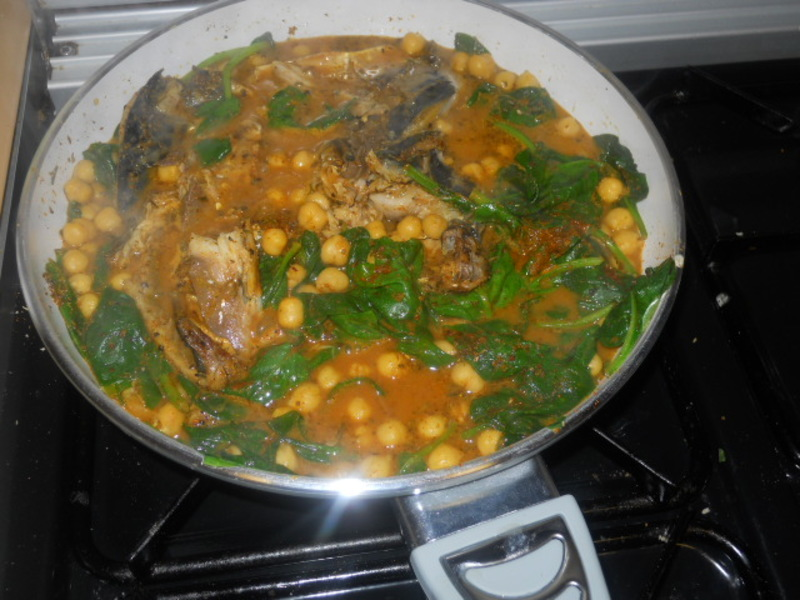 mackerel curry, chickpeas, spinach, rice