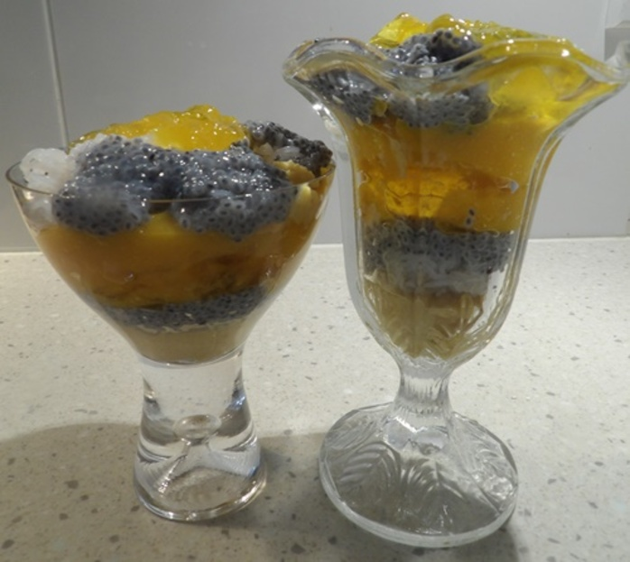 mango,falooda,Indian,dessert,in,layers