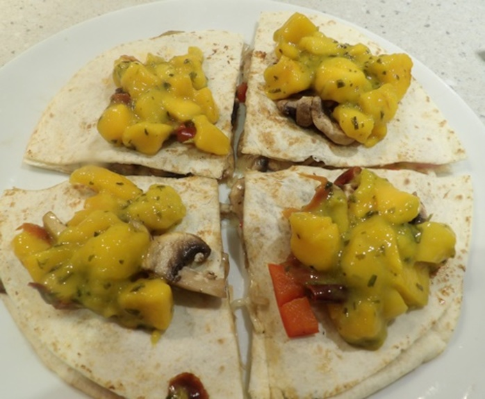mushroom,and,cheese,quesadillas,with,mango,salsa
