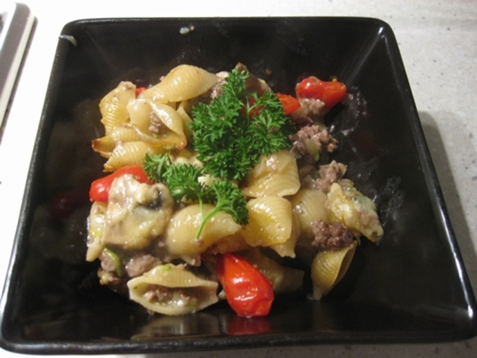 mushroom,mince,with,pasta,cheese,tomatoes