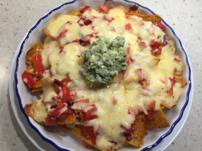 nachos,with,homemade,salsa