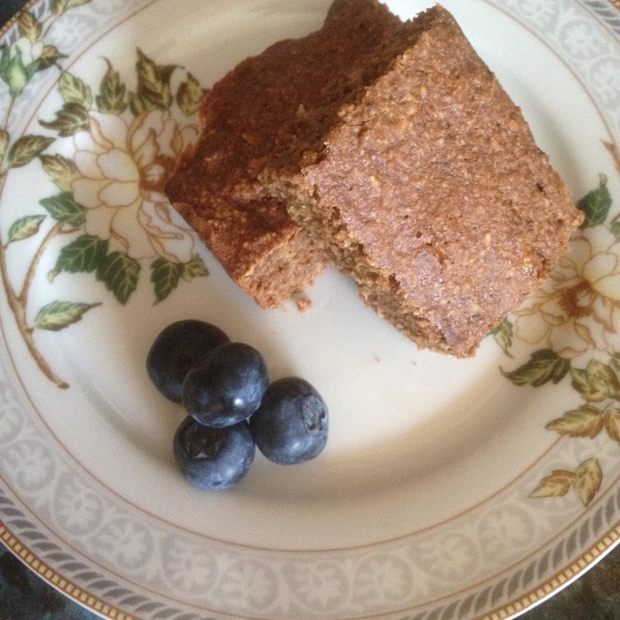 Oat slices with blueberries