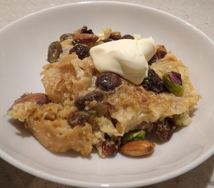 omm,ali,dessert,with,pistachios,almonds,and,hazelnuts