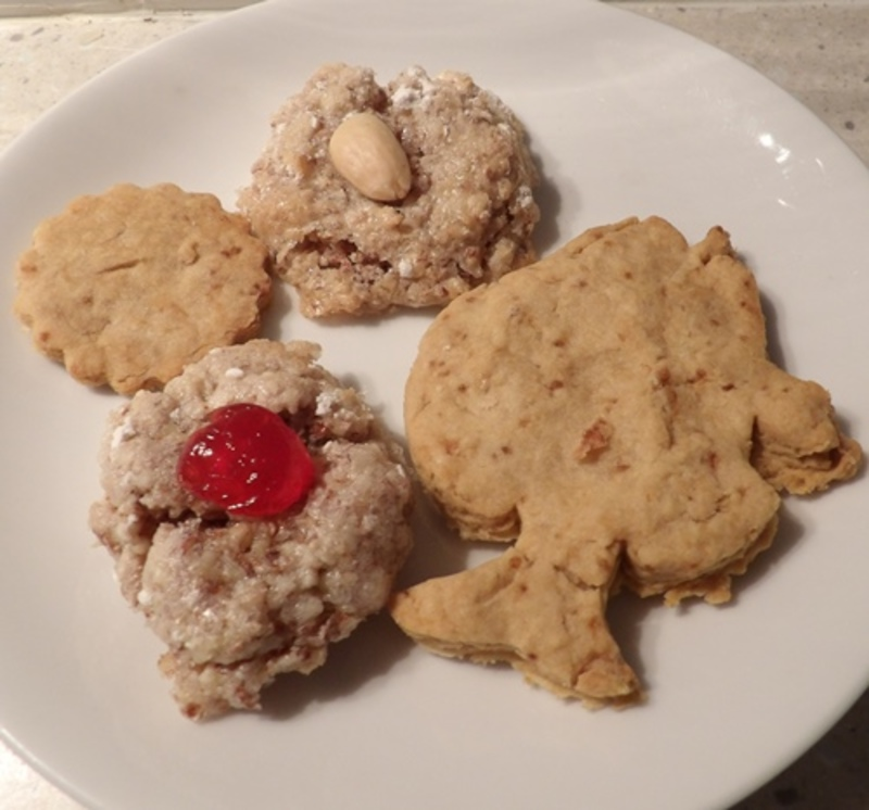 cooked,almond,gooey,biscuits,cooling,down,after,baking  - Gooey Italian Almond Biscuits