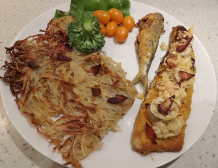 plated,fruit,fish,with,baked,rosti