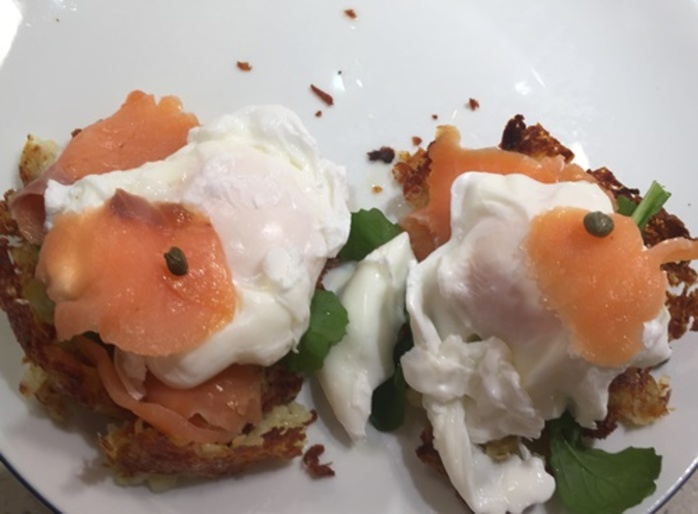 plated,potato,baskets,with,eggs,and,smoked,salmon