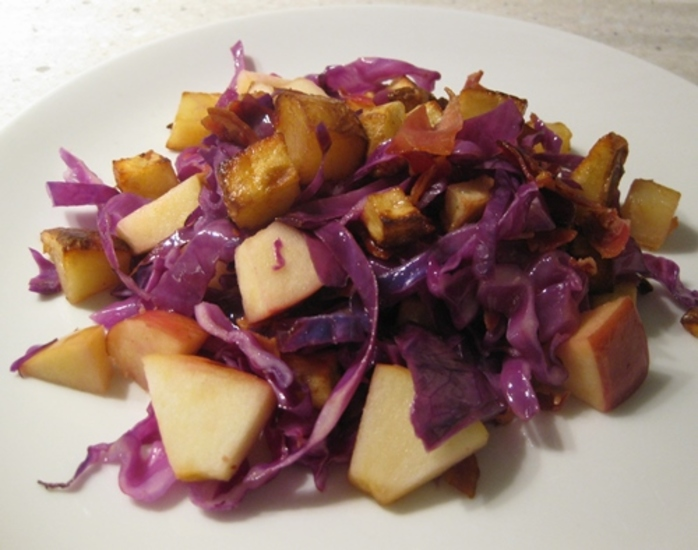 adding,ingredients,for,pancetta,red,cabbage,potatoes