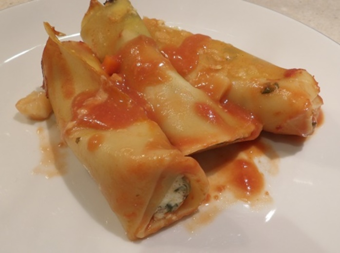 plated,spinach,ricotta,and,pumpkin,cannelloni