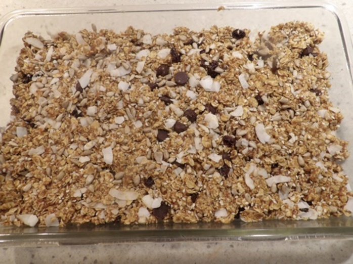 mixing,wet,ingredients,for,granola,bars