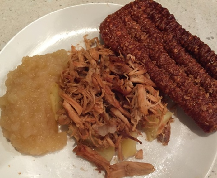 pulled,pork,with,apple,sauce,and,crackle