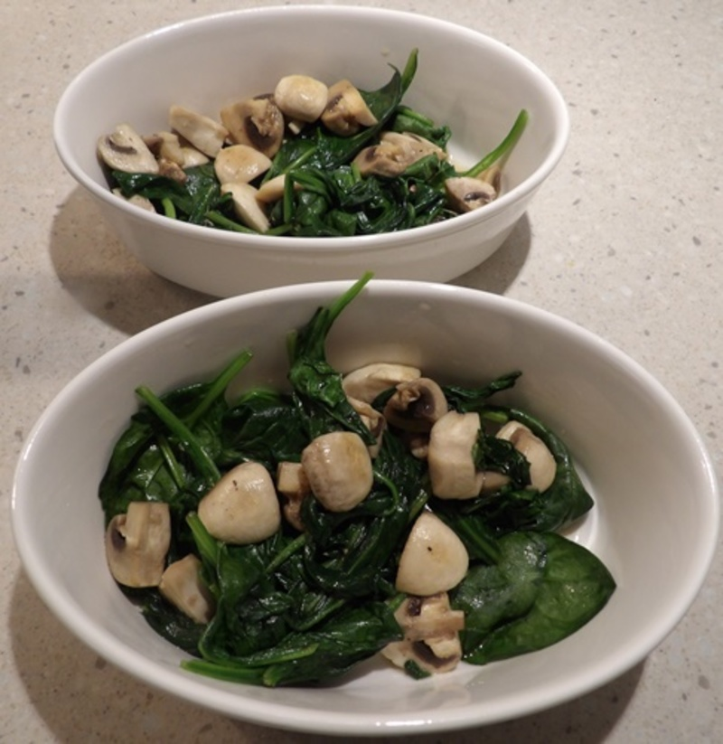 cutting,mushrooms  - Spinach Baked Eggs with Mushrooms - Brunch #14