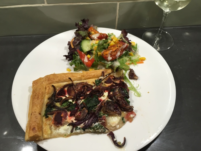 Red onion, goats cheese, spinach, tart, flan