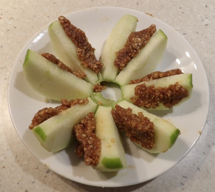 combining,almonds,and,other,ingredients,for,apple,almond,paste