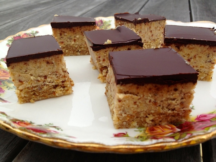 Superfood Caramel Slice
