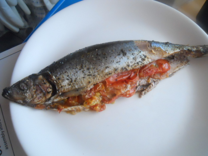 tomato stuffed herring