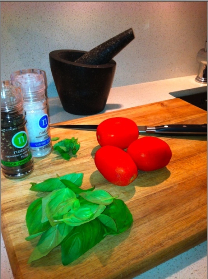 Tomatoes, Basil, Oregano, Salt & Pepper