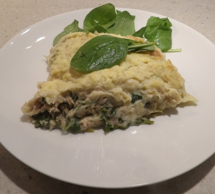 tuna,spinach,mornay,with,celery,and,potato,mash