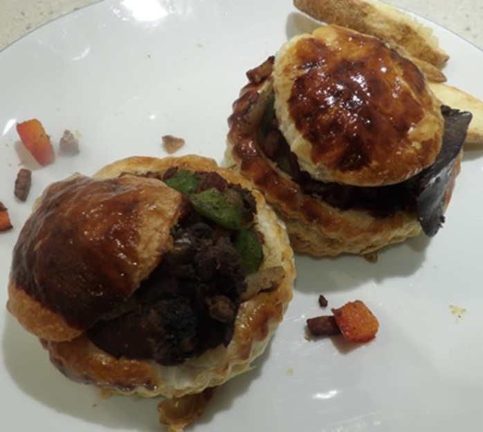vol,au,vents,filled,with,chicken,liver,mixture