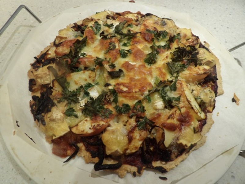wholemeal,pizza,dough,with,apple,honey,and,onion, topping  - Wholemeal Pizza Dough with Brie, Apple and Caramelized Onion